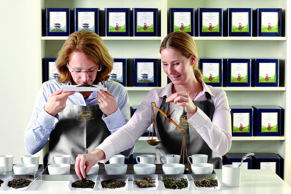1479123559_Ronnefeldt_Tea_Tasting